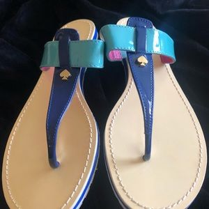 Kate Spain patent thong flip flops SZ 10
